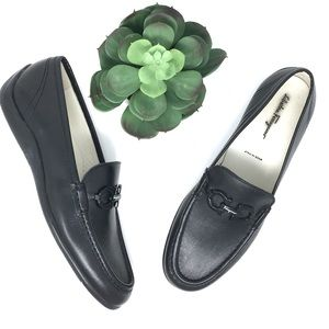 Salvatore Ferragamo Driving black leather Loafers